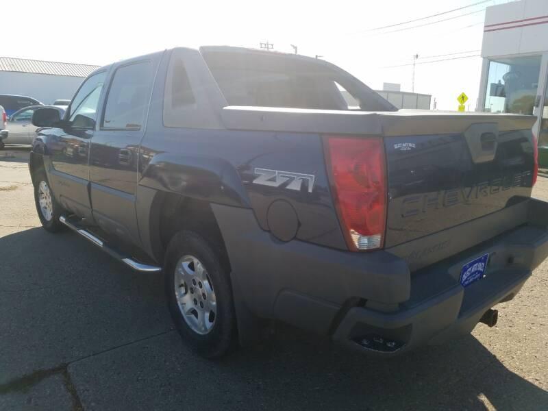 2002 Chevrolet Avalanche 4dr 1500 4WD Crew Cab SB - Devils Lake ND