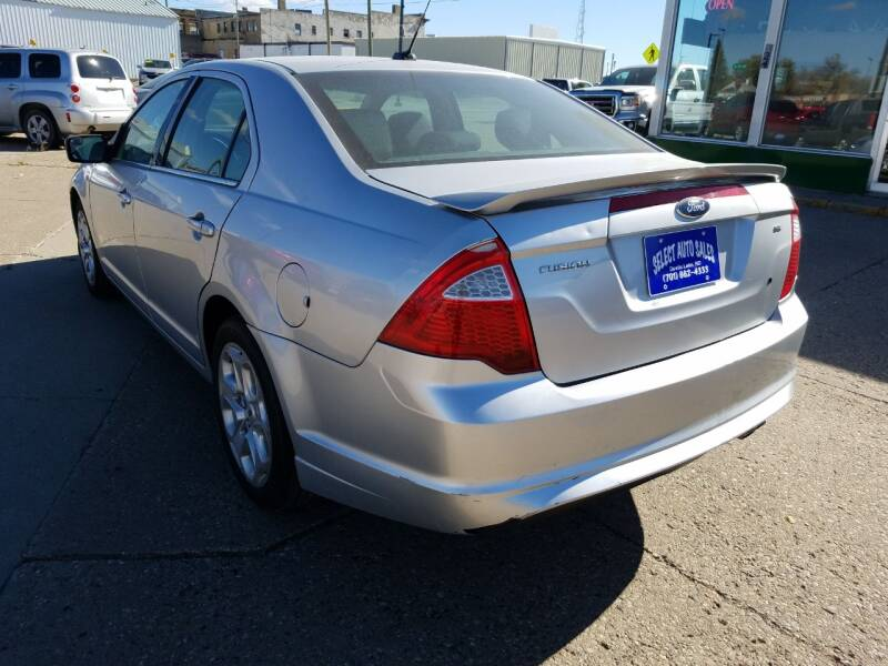 2011 Ford Fusion SE 4dr Sedan - Devils Lake ND