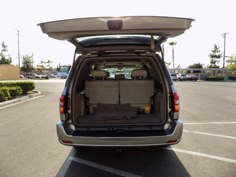 2002 Toyota Sequoia Limited 2WD 4dr SUV - Buena Park CA