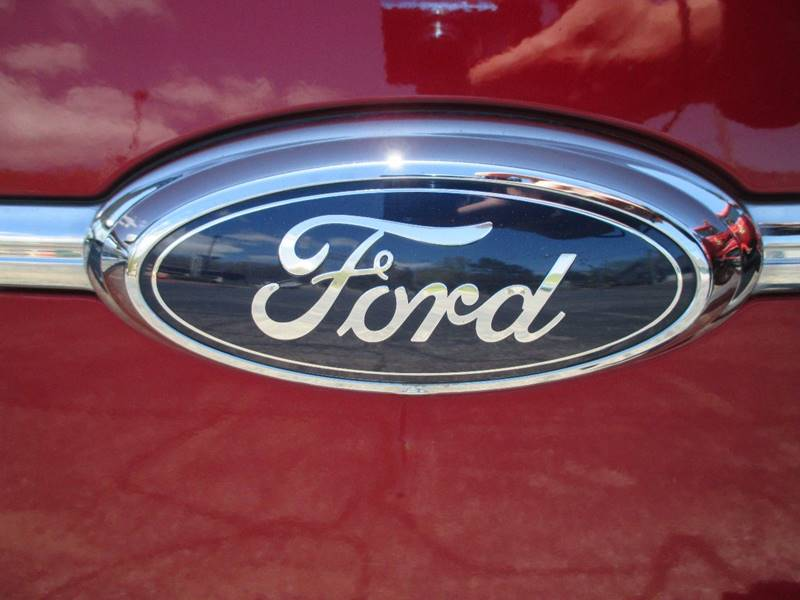 2014 Ford Taurus SEL 4dr Sedan - Holland MI