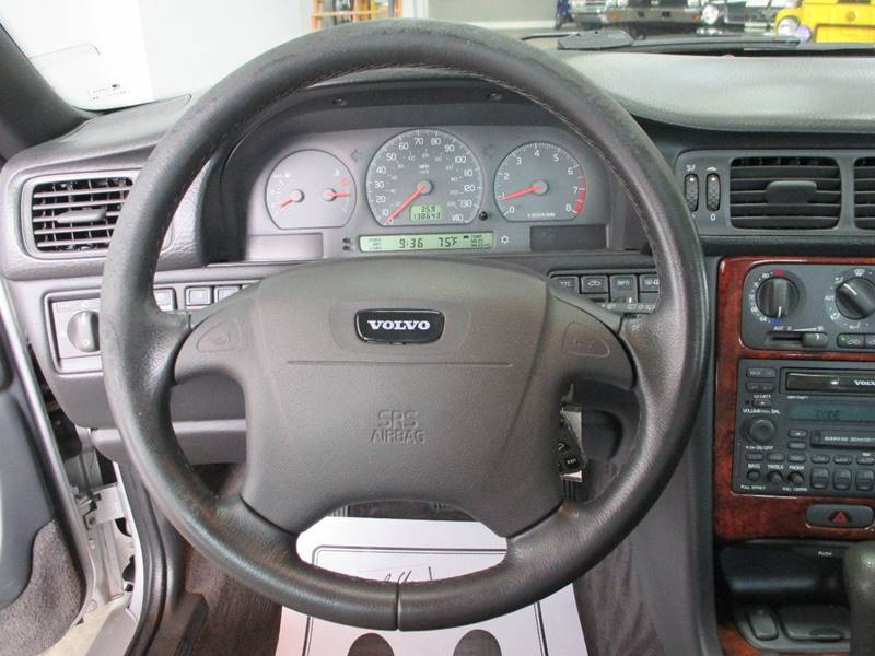 1999 Volvo V70 4dr T5 Turbo Wagon - Holland MI