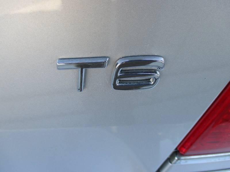 2004 Volvo S80 4dr T6 Turbo Sedan - Holland MI