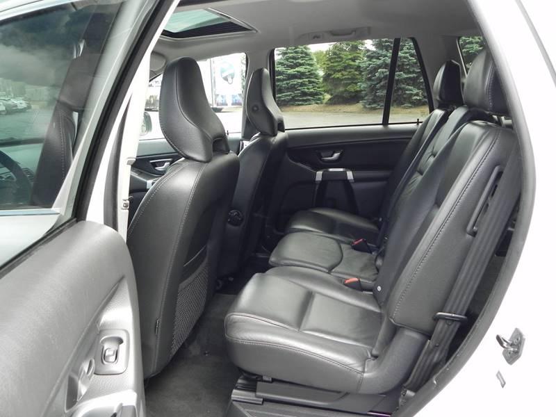 2013 Volvo XC90 AWD 3.2 Premier Plus 4dr SUV - Holland MI