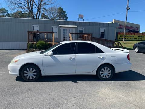 2004 Toyota Camry for sale at BRYANT AUTO SALES in Bryant AR