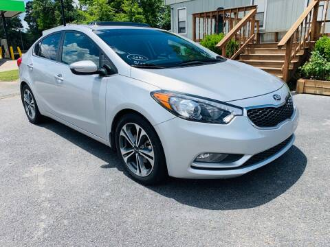 2015 Kia Forte for sale at BRYANT AUTO SALES in Bryant AR