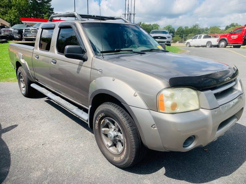 2003 Nissan Frontier for sale at BRYANT AUTO SALES in Bryant AR