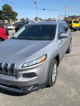 2014 Jeep Cherokee for sale at BRYANT AUTO SALES in Bryant AR