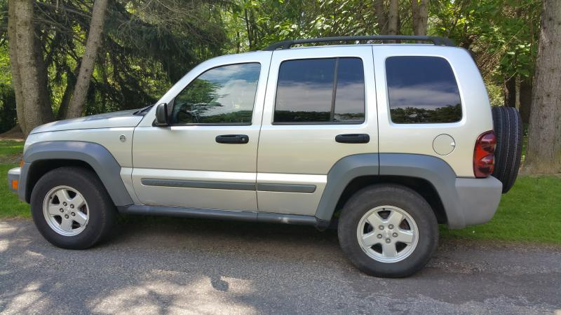 2005 Jeep Liberty Sport 4WD 4dr SUV - Canton OH