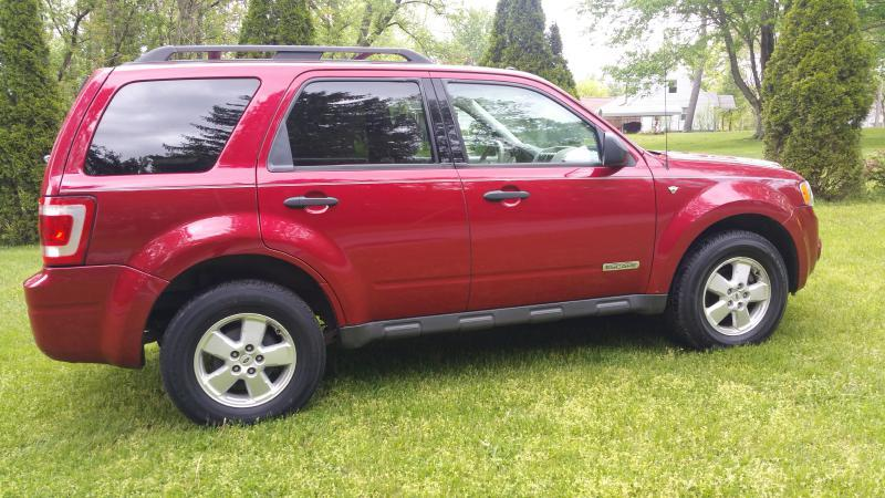 2008 Ford Escape XLT 4dr SUV V6 - Akron OH