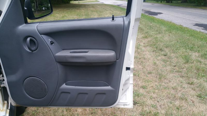 2006 Jeep Liberty Sport 4dr SUV w/ Front Side Curtain Airbags - Canton OH
