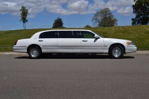 2001 Lincoln Town Car for sale at SoCal Motors in Huntington Beach CA