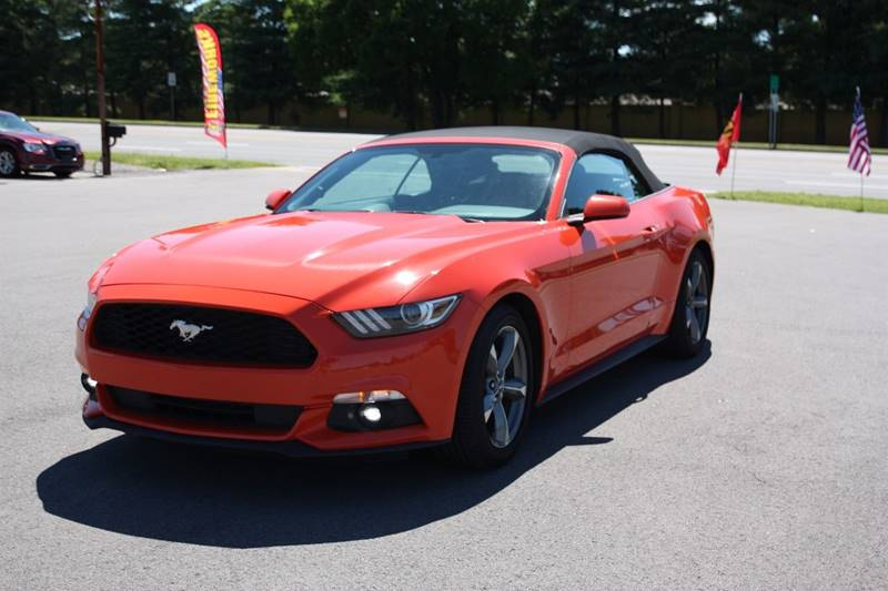 2016 Ford Mustang V6 2dr Convertible - Clarksville TN