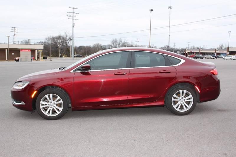 2015 Chrysler 200 Limited 4dr Sedan - Clarksville TN
