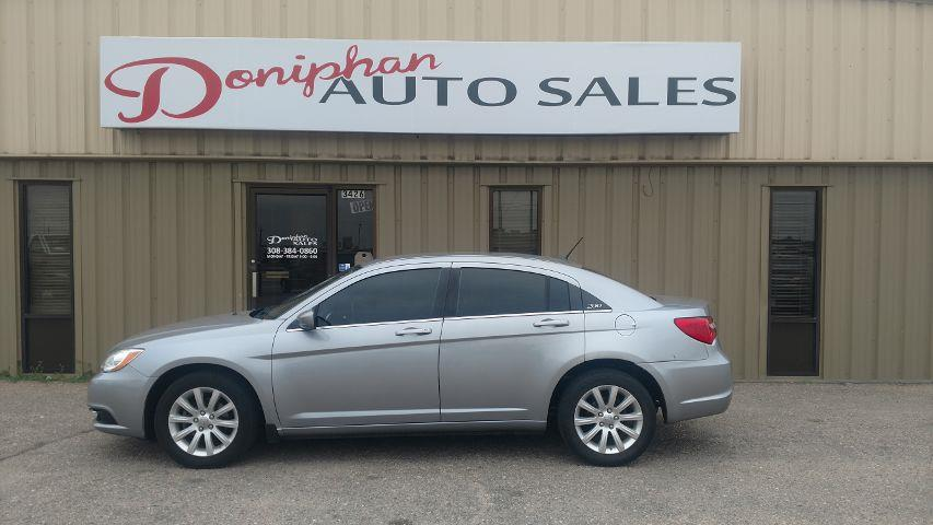 2013 Chrysler 200 Touring 4dr Sedan - Grand Island NE