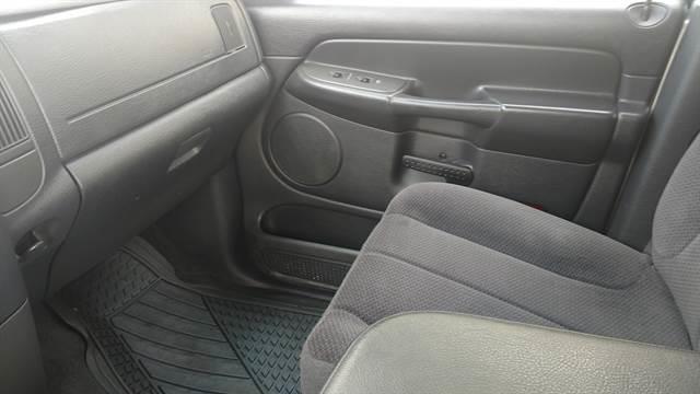 2004 Dodge Ram Pickup 2500 ST - Grand Island NE