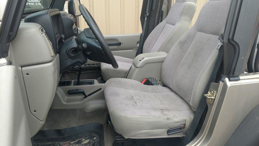 2004 Jeep Wrangler SE 4WD 2dr SUV - Grand Island NE