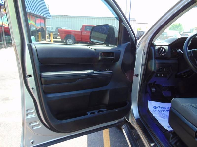 2014 Toyota Tundra  - Galesburg IL