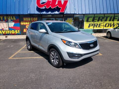 2016 Kia Sportage for sale at CITY SELECT MOTORS in Galesburg IL