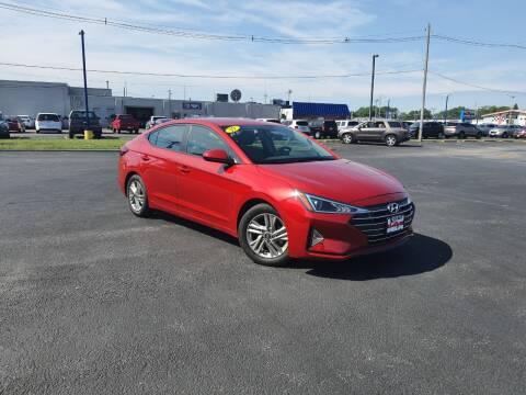 2019 Hyundai Elantra for sale at CITY SELECT MOTORS in Galesburg IL