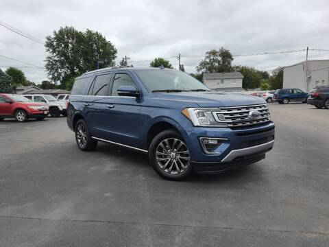 2019 Ford Expedition for sale at CITY SELECT MOTORS in Galesburg IL