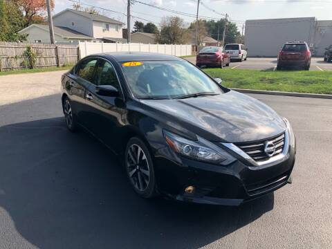 2018 Nissan Altima for sale at CITY SELECT MOTORS in Galesburg IL