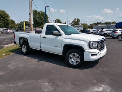 2018 GMC Sierra 1500 for sale at CITY SELECT MOTORS in Galesburg IL