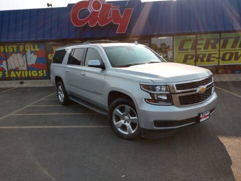 2016 Chevrolet Suburban for sale at CITY SELECT MOTORS in Galesburg IL