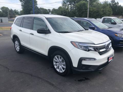 2019 Honda Pilot for sale at CITY SELECT MOTORS in Galesburg IL