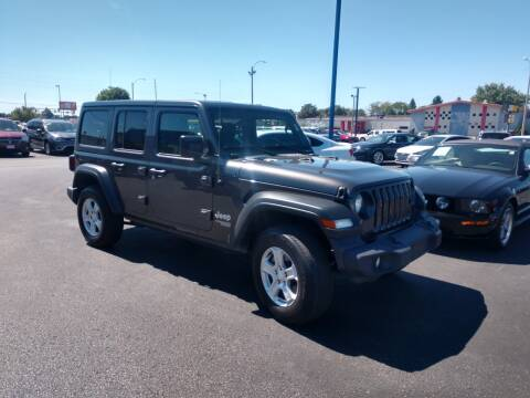 2019 Jeep Wrangler Unlimited for sale at CITY SELECT MOTORS in Galesburg IL