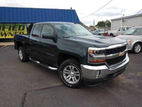 2017 Chevrolet Silverado 1500 for sale at CITY SELECT MOTORS in Galesburg IL