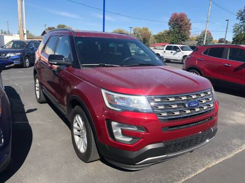 2017 Ford Explorer for sale at CITY SELECT MOTORS in Galesburg IL
