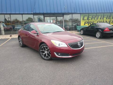 2017 Buick Regal for sale at CITY SELECT MOTORS in Galesburg IL