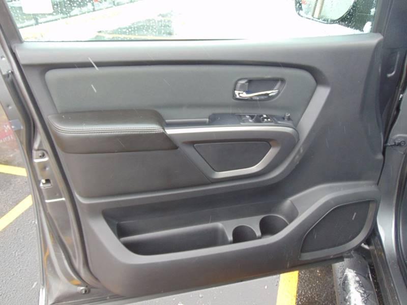 2015 Nissan Titan  - Galesburg IL