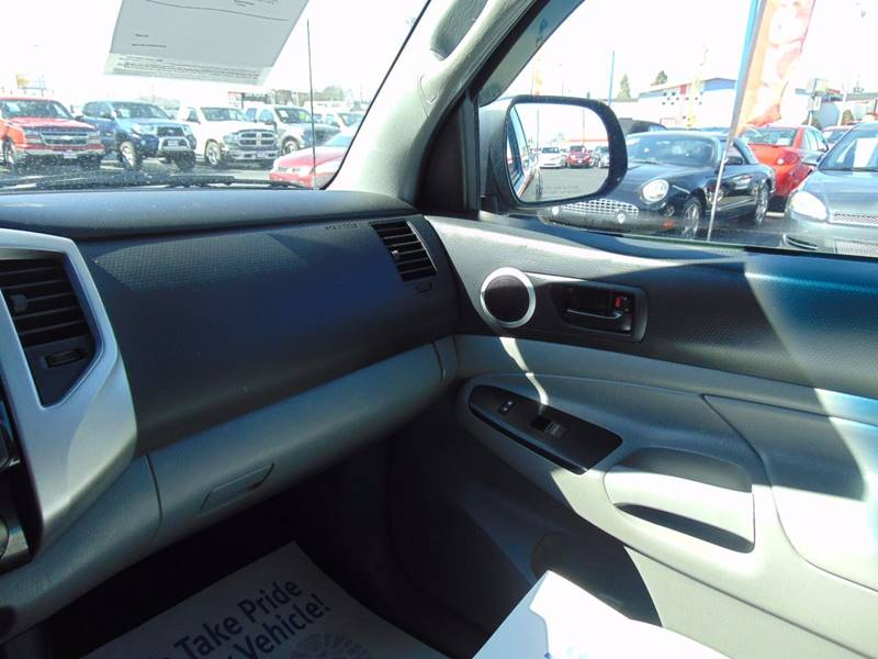 2015 Toyota Tacoma 4x2 PreRunner V6 4dr Access Cab 6.1 ft SB 5A - Galesburg IL