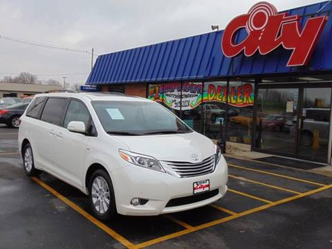 2016 Toyota Sienna for sale at CITY SELECT MOTORS in Galesburg IL