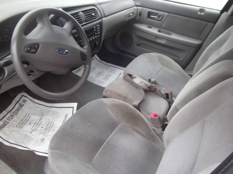 2002 Ford Taurus LX 4dr Sedan - Oskaloosa IA