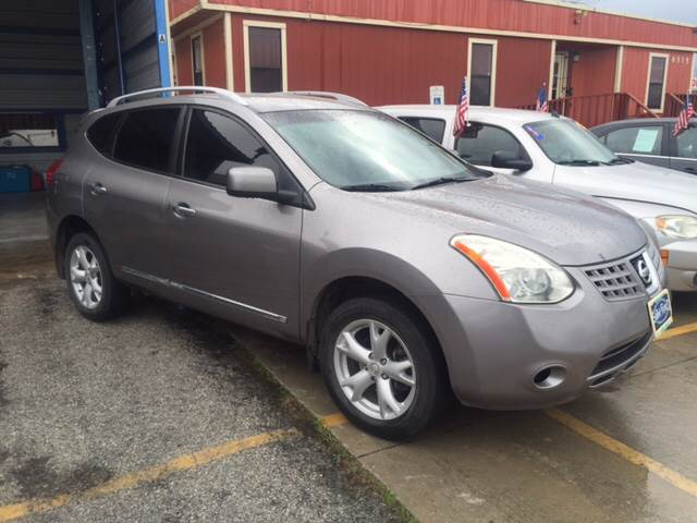 2011 Nissan Rogue for sale at JORGE'S MECHANIC SHOP & AUTO SALES in Houston TX