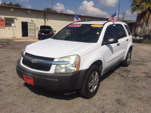 2005 Chevrolet Equinox for sale at JORGE'S MECHANIC SHOP & AUTO SALES in Houston TX