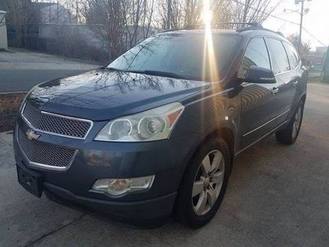 2009 Chevrolet Traverse for sale at IMPORT AUTO SOLUTIONS, INC. in Greensboro NC