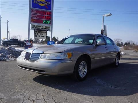 1999 Lincoln Town Car for sale in Chelsea, MI