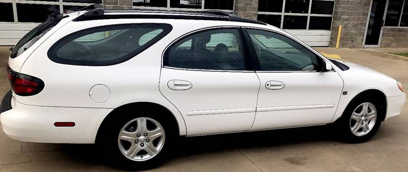 2002 Ford Taurus SEL Deluxe 4dr Wagon - Austin TX