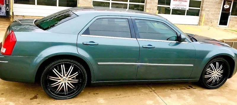 2006 Chrysler 300 Touring 4dr Sedan - Austin TX