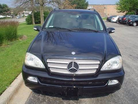 2005 Mercedes-Benz M-Class for sale at Car Mas Broadway in Crest Hill IL