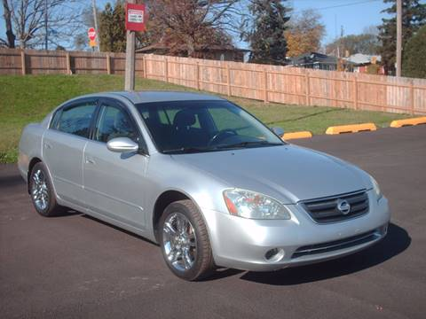 2002 Nissan Altima for sale at Car Mas Broadway in Crest Hill IL