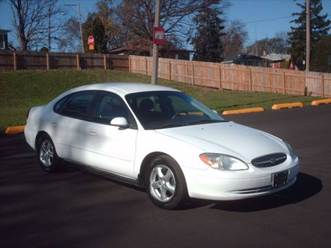 2003 Ford Taurus for sale at Car Mas Broadway in Crest Hill IL