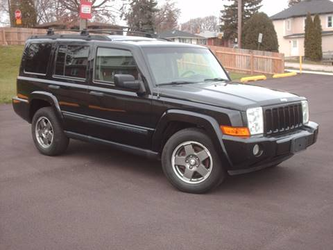 2006 Jeep Commander for sale at Car Mas Broadway in Crest Hill IL