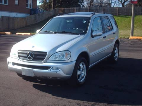 2002 Mercedes-Benz M-Class for sale at Car Mas Broadway in Crest Hill IL