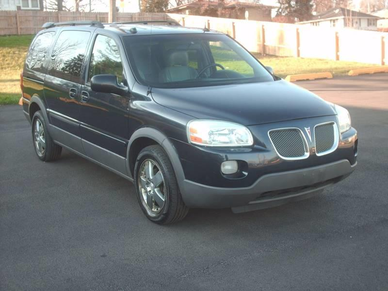 2005 Pontiac Montana SV6 for sale at Car Mas Broadway in Crest Hill IL