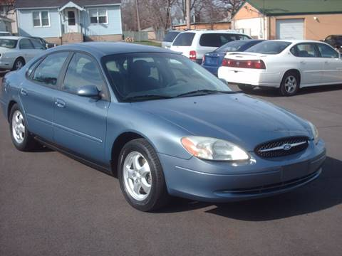 2001 Ford Taurus for sale at Car Mas Broadway in Crest Hill IL