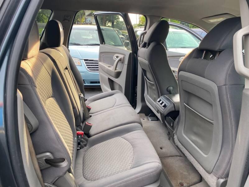 2011 Chevrolet Traverse LS 4dr SUV - Crest Hill IL